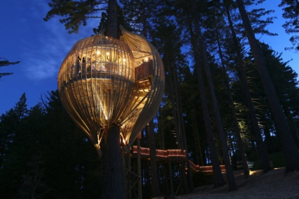 Yellow Tree House Restaurant in New Zealand